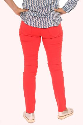 Rote Jeans